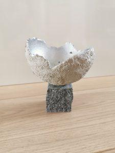 Kreativ-Beton Teelichthalter auf Stein